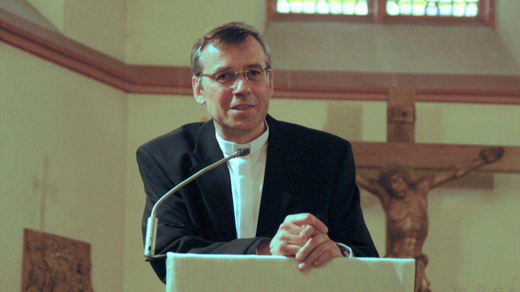 Pfarrer Herbert meyer